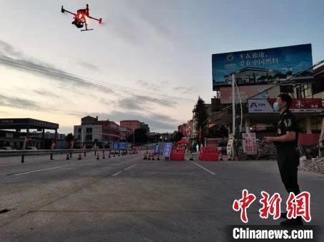 莆田使用无人机对疫区3D建模。 莆田市组织部供图